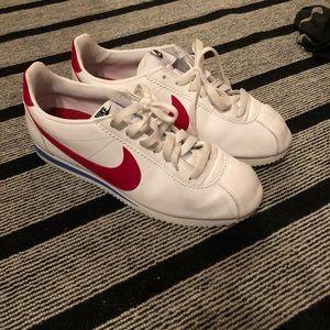 Nike Cortez size 10
